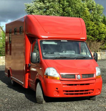 red horsebox front view